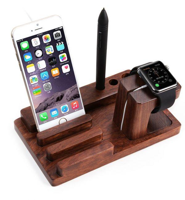 Univerzálna dokovacia stanica na Apple Watch, iPhone, iPad3