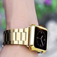 Luxusný ochranný kryt pre Apple Watch 38mm, Series 2 v striebornej farbe. Tento štýlový kryt je vyrobený z kvalitného tvrdého pochrómovaného plastu3