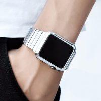 Luxusný ochranný kryt pre Apple Watch 38mm, Series 2 v striebornej farbe. Tento štýlový kryt je vyrobený z kvalitného tvrdého pochrómovaného plastu4