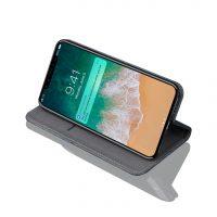 Do krytu je možné vložiť Vašu debetnú alebo kreditnú kartu. Môžete tak nosiť Váš iPhone X spolu s vašou kartou (2)