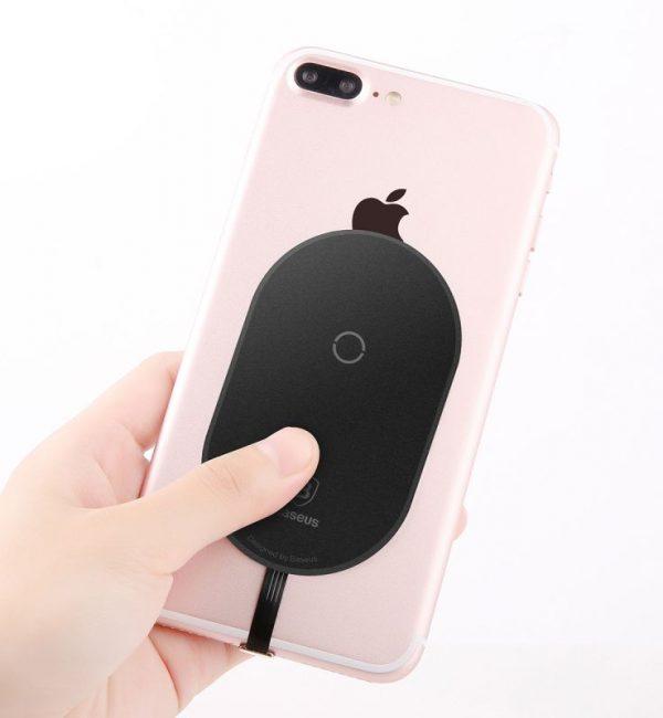 Bezdrôtový prijímač pre iPhone na možnosť bezdrôtového nabíjania, čierna farba (1)