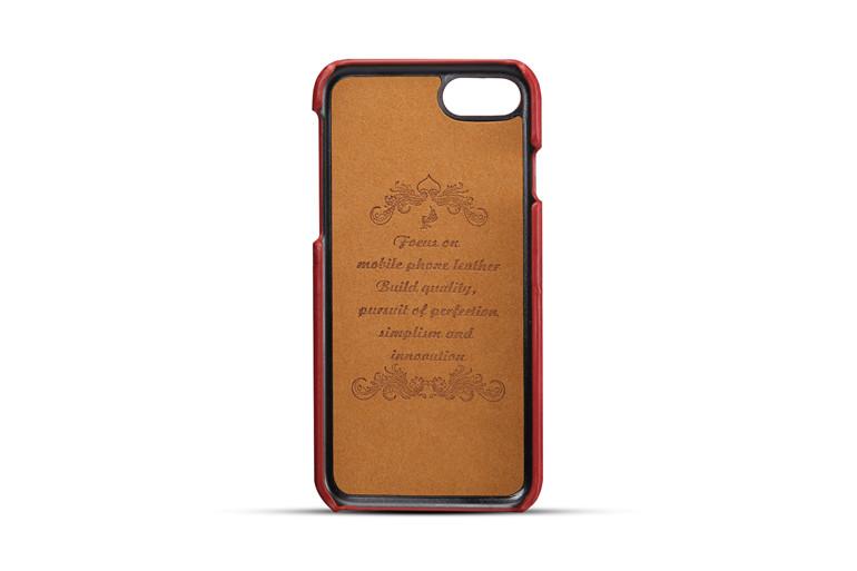 Pre dokonalú ochranu vášho iPhone odporúčame aj ochranné fóliealebo sklá.