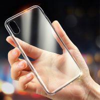 Transparentný silikónový kryt pre iPhone XS MAX. Moderný a zároveň odolný kryt z kvalitného silikónovéhomateriáluponúka štýlovú ochranu proti každodenným nástrahám, ktorým iPhone XS MAX čelí (2)