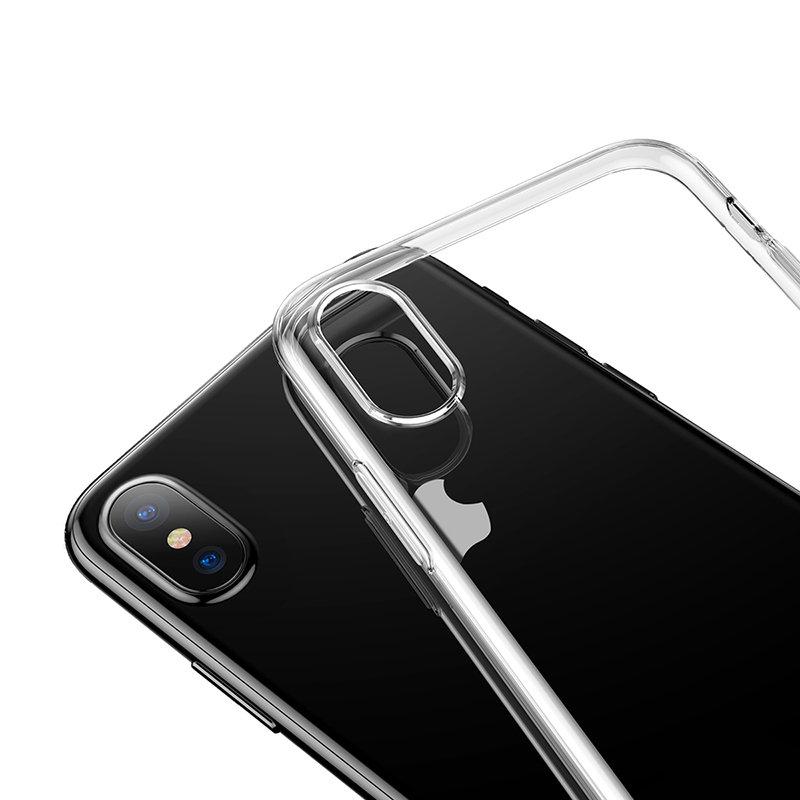 Transparentný silikónový kryt pre iPhone XS MAX. Moderný a zároveň odolný kryt z kvalitného silikónovéhomateriáluponúka štýlovú ochranu proti každodenným nástrahám, ktorým iPhone XS MAX čelí (3)