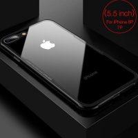 Sklenený-štýlový-obal-pre-iPhone-7Plus-a-8Plus-v-čiernej-farbe.-Obal-tvorí-silikónový-bumper-spojený-s-tvrdeným-sklom-ktoré-je-odolné-voči-poškriabaniu-600x640-600x640